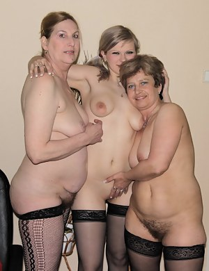 Lesbian Teen Orgy Porn Pictures